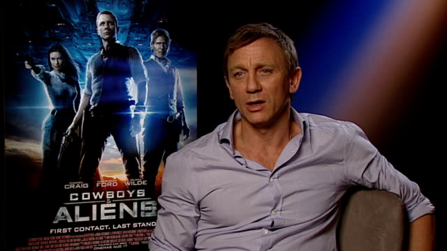 cast interviews craig interview sot tips for making it in hollywood i don't live in hollywood i couldn't tell you / just got to keep doing what you... - cowboys & aliens stock videos and b-roll footage