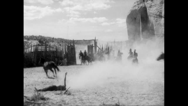WS PAN Cowboys getting shot during fight / United States