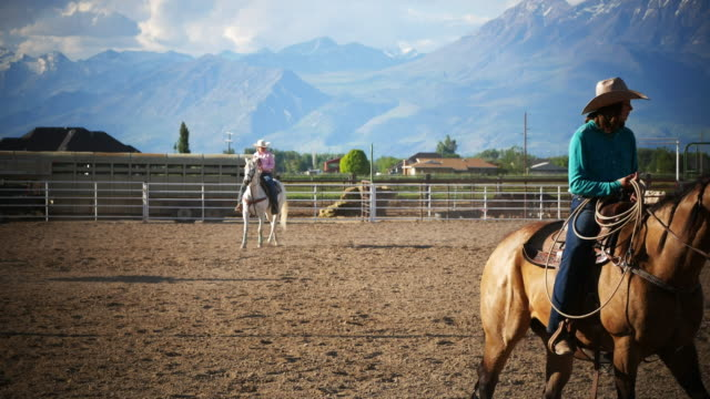 cowgirls using lasso on the ranch - rodeo stock videos & royalty-free footage