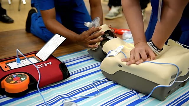cpr training class - paramedic stock videos & royalty-free footage