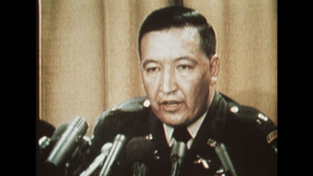 cpt ernest medina at a pentagon hearing states that he did not witness civilians being killed at my lai - war crimes trial stock videos & royalty-free footage