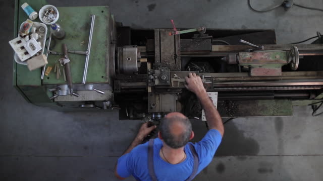 craft man working with clamp - steel worker stock videos & royalty-free footage