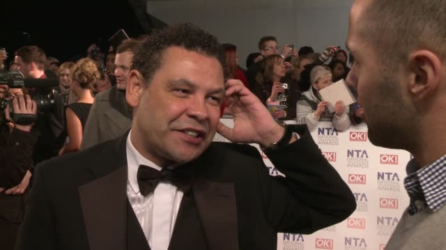 craig charles on coronation street being nominated the story lines not having control of the remote control and more at the national television... - コロネーションストリート点の映像素材/bロール