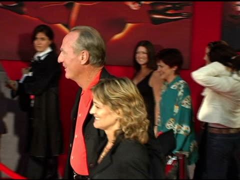 Craig T Nelson and Doria CookNelson at the 'The Incredibles' Premiere at the El Capitan Theatre in Hollywood California on October 25 2004