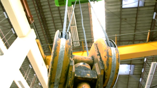 crane hook - pulley stock videos & royalty-free footage
