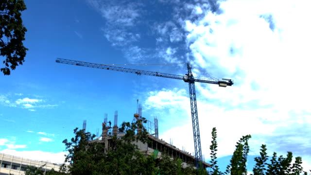 crane is building. - erezione video stock e b–roll