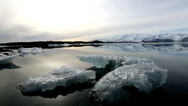 HD crane Shot: Vatnajokull Glacier Jokulsarlon lagoon Iceland