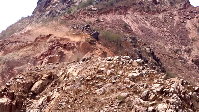 jcb crane working in mountains - vehicle scoop stock videos and b-roll footage