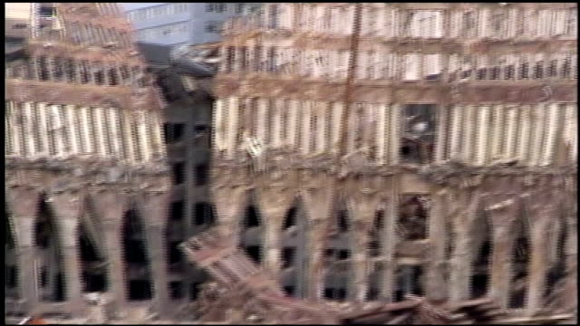 cranes clearing 911 aftermath wreckage - rubble stock videos & royalty-free footage