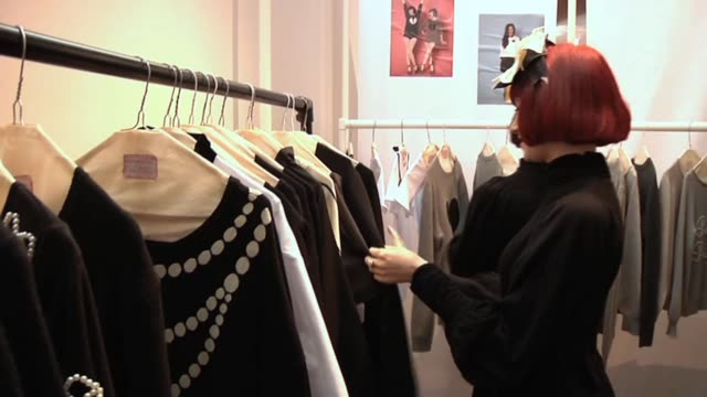 cranetv meets up with londonbased 'turntable goddesses' nisha thirkell and amber jane butchart who have headlined many fashion weeks and high profile... - music style stock videos and b-roll footage