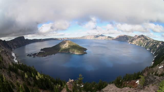t/l, ws, ha, fish eye, crater lake, crater lake national park, oregon, usa - crater lake oregon stock videos & royalty-free footage