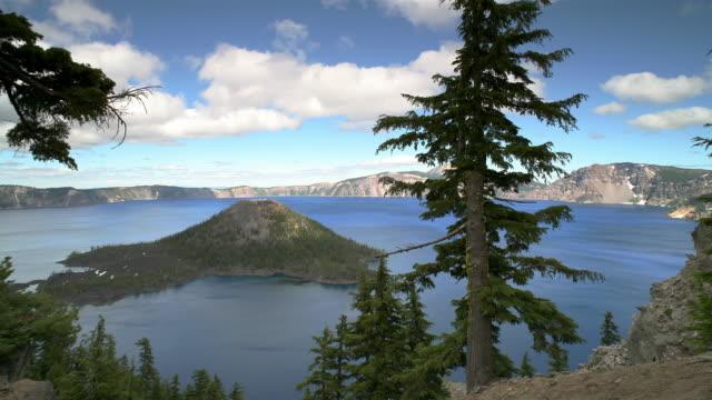 t/l, ws, pan, crater lake, crater lake national park, oregon, usa - crater lake oregon stock videos & royalty-free footage