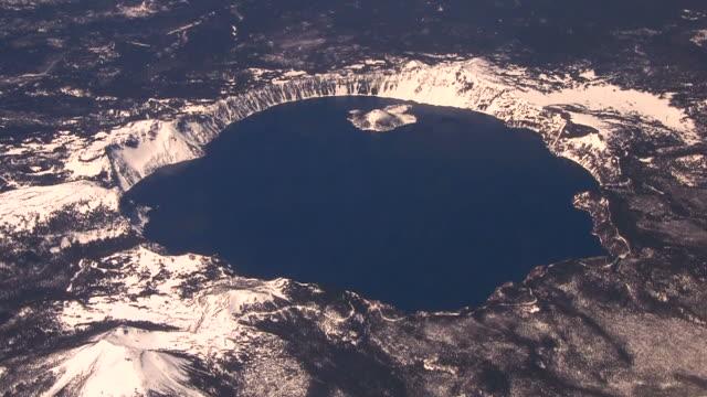 vídeos y material grabado en eventos de stock de lago crater - monte mazama