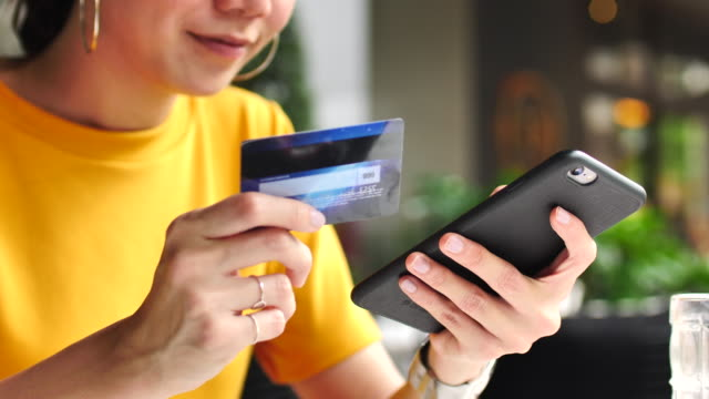Credit card with Smart phone