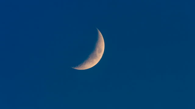 crescent moon - telephoto lens stock videos and b-roll footage