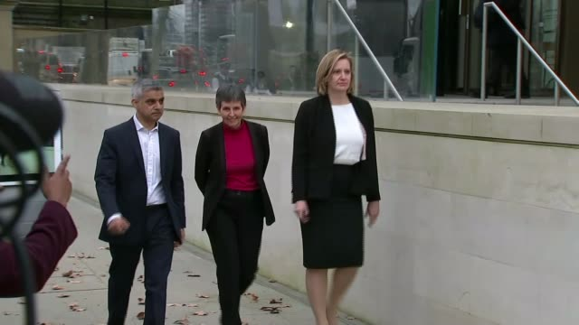 cressida dick to prioritise tackling knife and gun crime in london cressida dick to prioritise tackling knife and gun crime in london t22021701/ new... - sadiq khan stock videos and b-roll footage