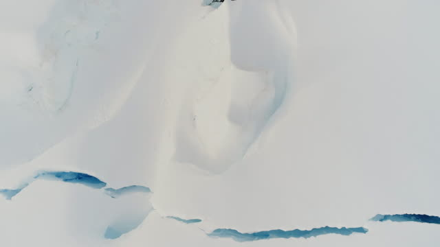 crevasses in antarctica - antartide video stock e b–roll