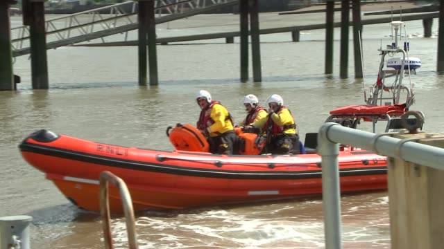 rnli crew demonstrate life raft as river safety warning observed on 30th anniversary of marchioness disaster england kent rnli gravesend lifeboat... - marchioness stock videos and b-roll footage