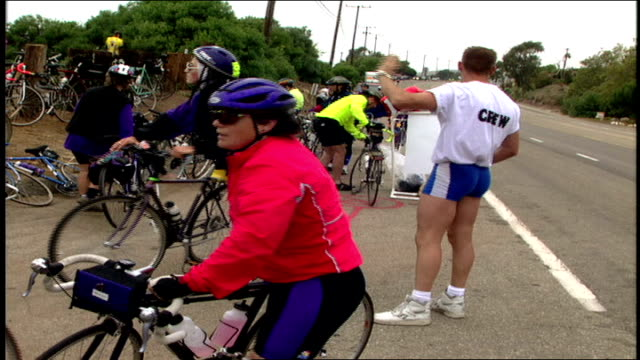 crew of race directing bikes malibu california - 1995 stock-videos und b-roll-filmmaterial