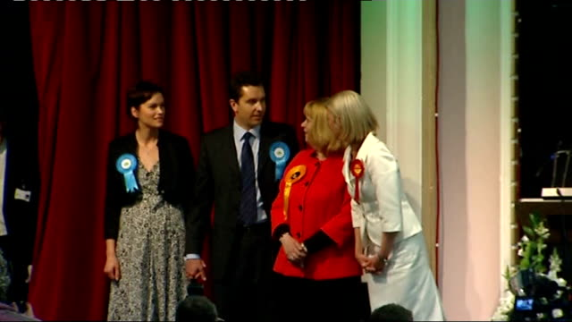 crewe and nantwich by-election: conservative victory; 22.5.08 int edward timpson and tamsin dunwoody and elizabeth shenton on platform for election... - ナントウィッチ点の映像素材/bロール