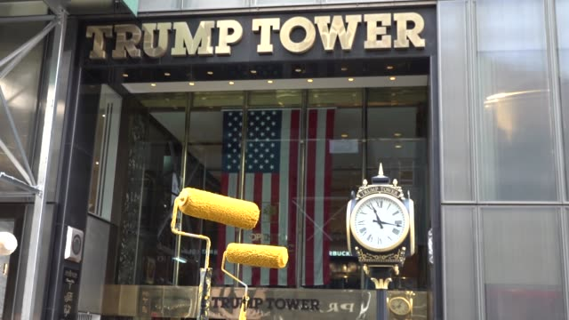 crews paint a black lives matter mural on fifth avenue directly in front of trump tower on july 9, 2020 in new york city. in a tweet, president trump... - politik und regierung stock-videos und b-roll-filmmaterial