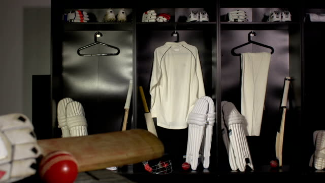Cricket locker / changing room with Bat, DOLLY (Sport kit)