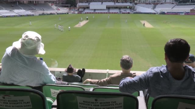 cricket spectators are allowed into the oval cricket ground for the first time this season to watch an exhibition match between cross-london rivals,... - squadra di cricket video stock e b–roll