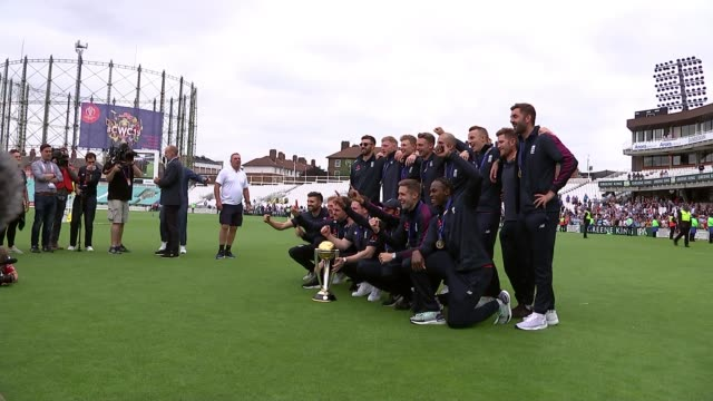 england beat new zealand england london the oval various of england cricket team with trophy - championships stock videos and b-roll footage