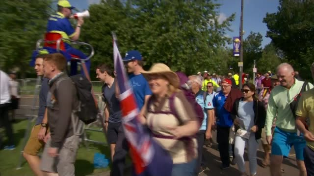 england beat new zealand to reach the semi-finals; england: county durham: chester-le-street: ext volunteer with loudhailer helping crowds outside... - 準決勝点の映像素材/bロール
