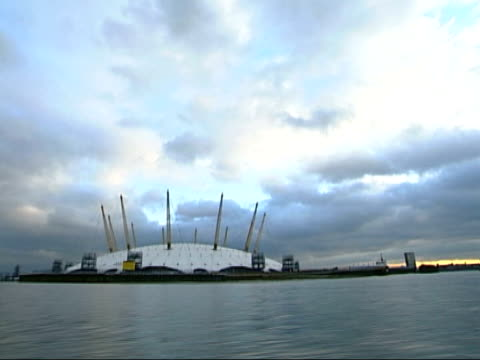 millenium dome gem raid trial itn millennium dome seen from moving boat - dome stock videos & royalty-free footage