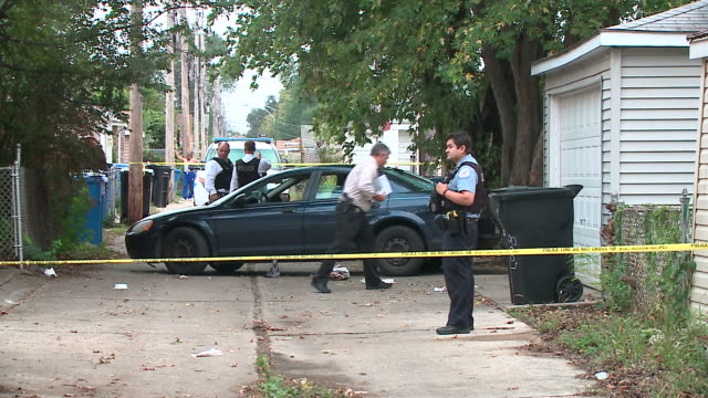 WGN Crime Scene After Shooting in Chicago near S California Ave W 80th St on Oct 13 2017