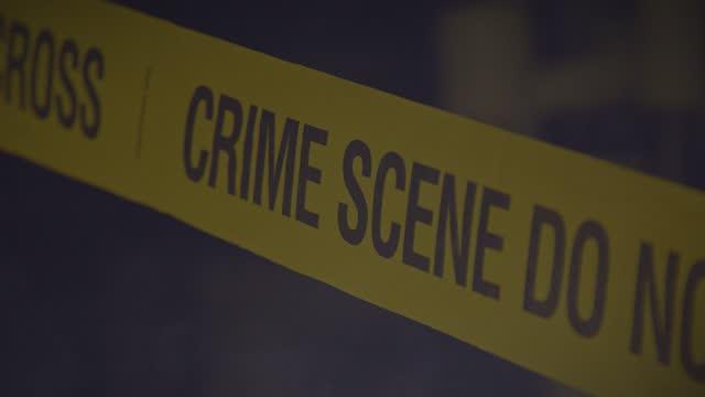 vídeos y material grabado en eventos de stock de cinta de barricada de la escena del crimen - detective