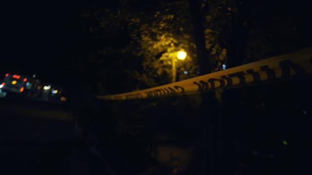 stockvideo's en b-roll-footage met crime scene - afzetlint