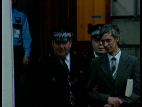 tonic water poisoner trial; scotland, edinburgh dr paul agutter towards out of court with police pull out as to police van - tonic water stock videos & royalty-free footage