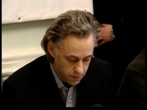 crime/conflict omagh bombing bob geldof appeals for justice for victims itn gv supporters of victims of omagh bombing sitting at conference table... - bob geldof stock videos & royalty-free footage