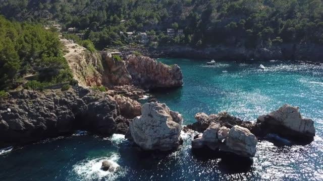 crique sur l'île de majorque - palma stock videos & royalty-free footage