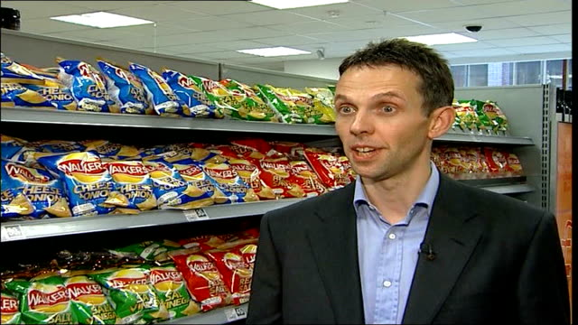 crisps fat warning; int supermarket neil campbell interview sot - british heart foundation know better than anybody that what's important is... - snack stock videos & royalty-free footage