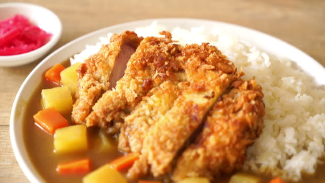 Crispy fried pork cutlet with curry and rice
