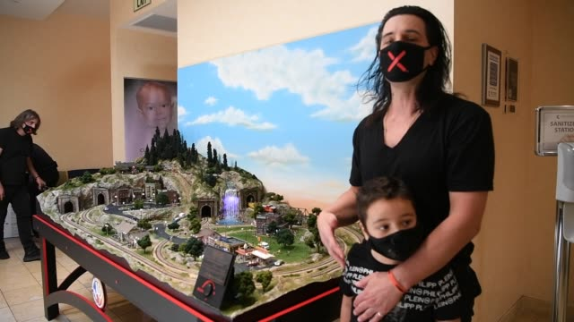 NV: Criss Angel Donates Large-Scale Model Train Set To Cure 4 The Kids Foundation