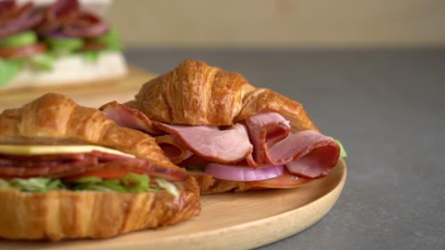 croissant sandwich ham
