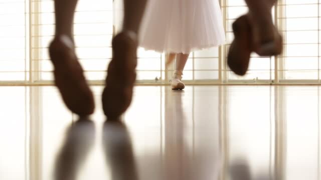 cu cropped shot of ballerina dancing. - ballettstudio stock-videos und b-roll-filmmaterial