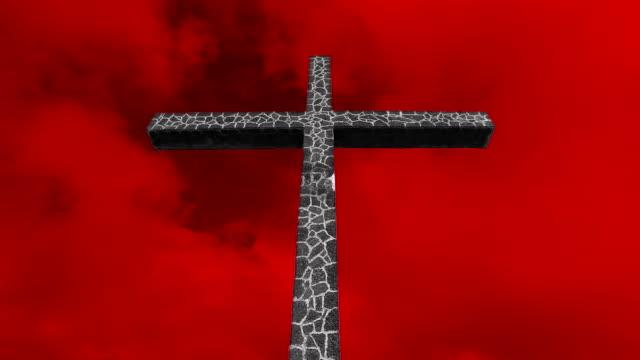 Rote Kreuz gegen den Himmel (Zeitraffer