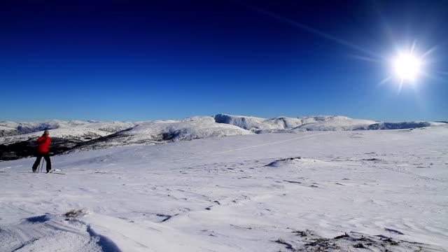 cross country skiing - längd bildbanksvideor och videomaterial från bakom kulisserna