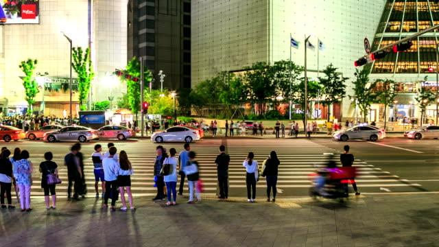 横断歩道 - 道路標識点の映像素材/bロール
