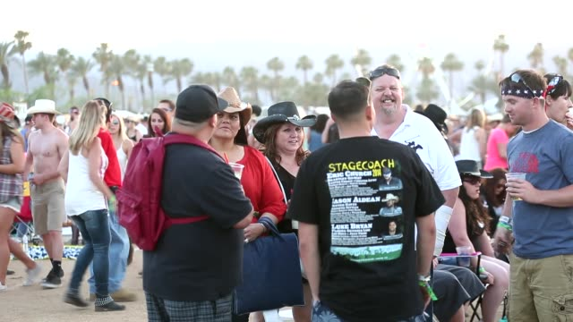atmosphere crowd at 2014 stagecoach california's country music festival on april 25 2014 in indio california - アトモスフィア点の映像素材/bロール