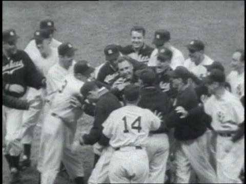crowd cheering / team celebrating on the field - ebbets field video stock e b–roll