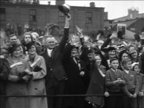 b/w 1932 crowd cheering waving at rally during roosevelt's campaign - 1932 stock videos & royalty-free footage