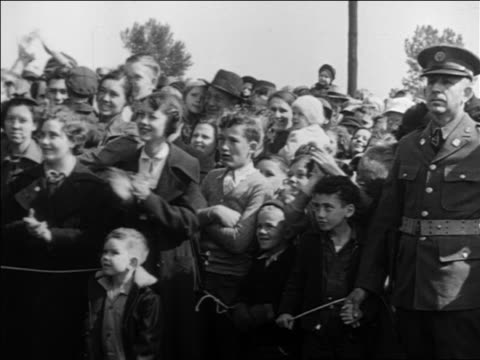 b/w 1932 crowd clapping listening to franklin roosevelt's speech during campaign - 1932 stock videos & royalty-free footage