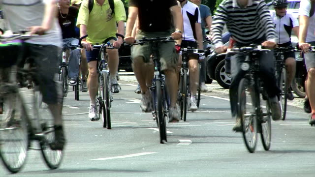 crowd cycling - group of objects stock videos & royalty-free footage