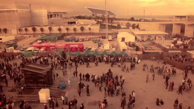 crowd enjoying one of the concerts at the primavera sound music festival in barcelona. primavera sound festival in barcelona 2013 at parc del forum,... - お祭り好き点の映像素材/bロール